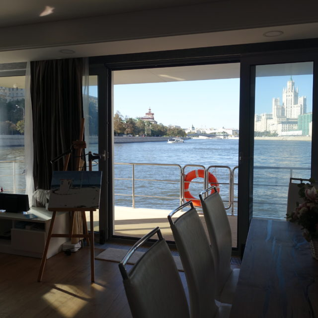 http://houseboat.ru/wp-content/uploads/2017/11/DSC04064-640x640.jpg