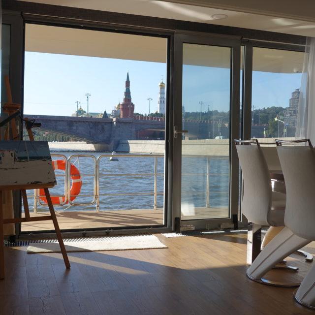 http://houseboat.ru/wp-content/uploads/2017/11/DSC04069-640x640.jpg