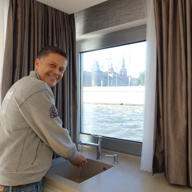 http://houseboat.ru/wp-content/uploads/2017/11/DSC04072-640x640.jpg