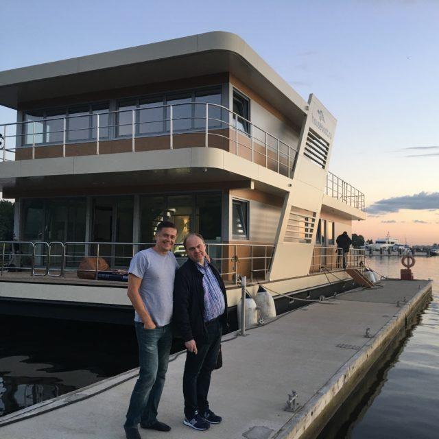 https://houseboat.ru/wp-content/uploads/2017/10/IMG_5347-640x640.jpg