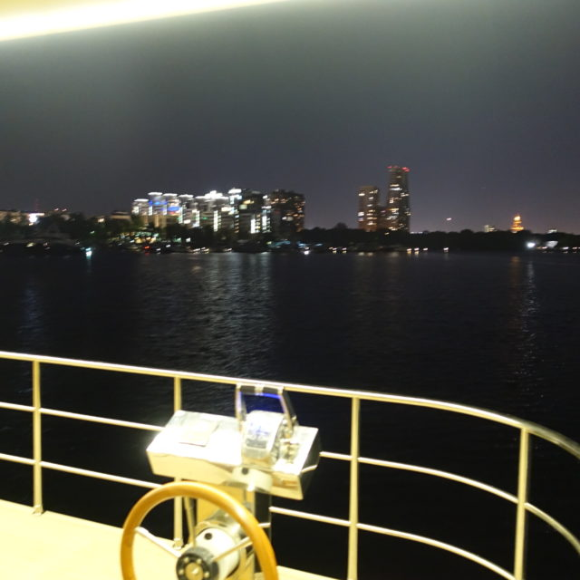 https://houseboat.ru/wp-content/uploads/2017/11/DSC04145-640x640.jpg